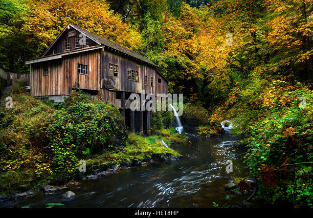 Cedar river stock photos cedar river stock images alamy for The cedar mill