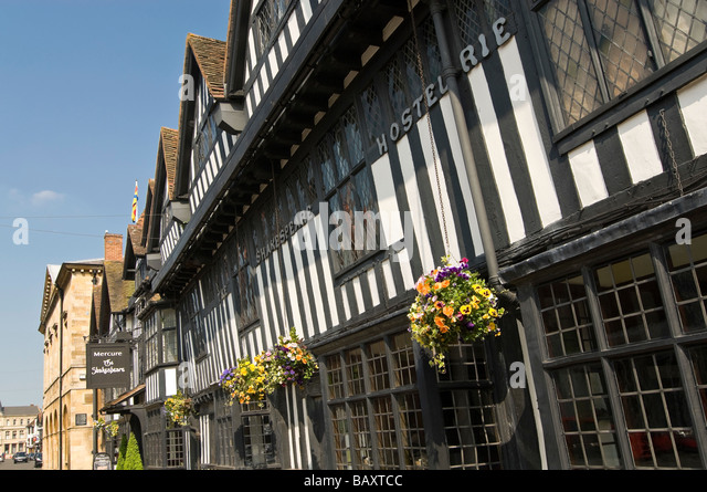 Tudor Facade tudor jettying stock photos & tudor jettying stock images - alamy