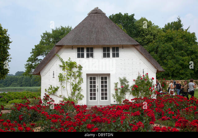 Sommerresidenz stock photos sommerresidenz stock images alamy - The jutland small house ...