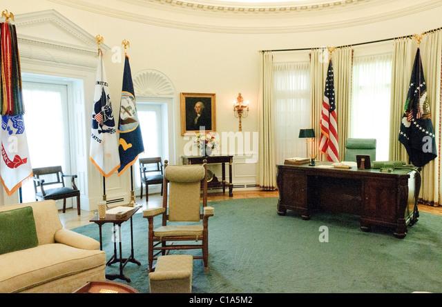 lbj oval office. replica of president lyndon b johnsonu0027s oval office display as part the lbj lbj
