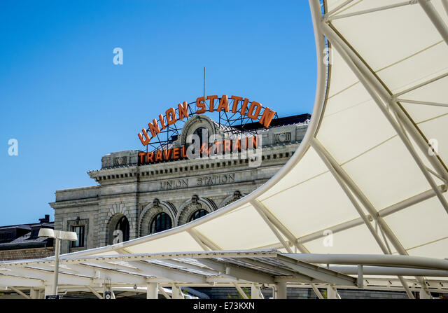 Denver Union Railroad Station white protective canopy - Stock Image & Denver Union Station Protective Canopy Commuter Stock Photos ...