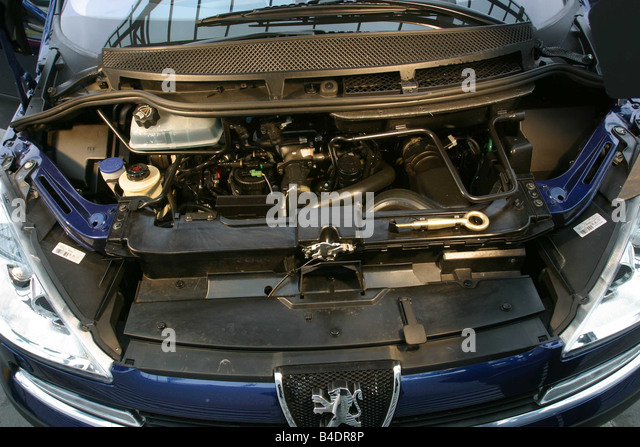 Peugeot 807 moottori