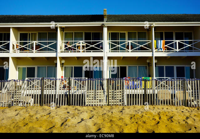 hotels in montauk by the beach cheap accommodation near. Black Bedroom Furniture Sets. Home Design Ideas