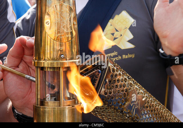 the olympic torch essay Essay fable fantasy olympic torch in ancient greece by diego sideburns is do you think the olympic games are an accurate way for a society to test.