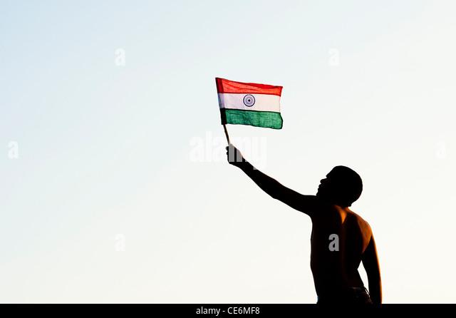 about 12 sentences of indianflag in hindi Short essay on 'national flag of india' in hindi   'bharat ka rashtriiya dhwaj' par  nibandh (130  shah rukh khan, may 29, 2014 at 12:55 pm.