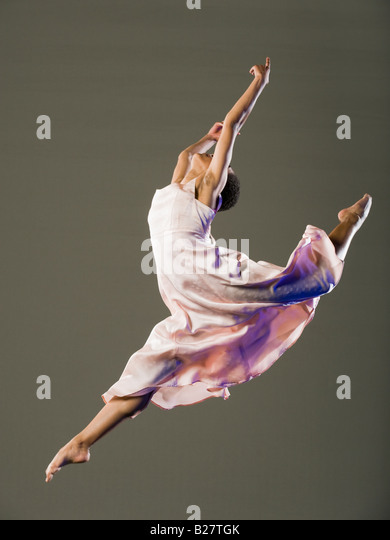 Ballerina Jumping Stock Photos & Ballerina Jumping Stock ...