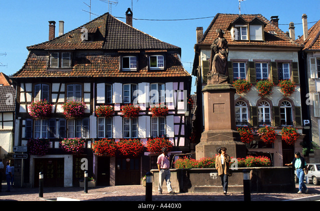 Old frence stock photos old frence stock images alamy for Blue piscine colmar