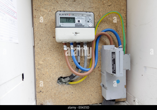 a domestic electricity meter housed in an external box scotland uk e0435d domestic fuse box stock photos & domestic fuse box stock images  at reclaimingppi.co