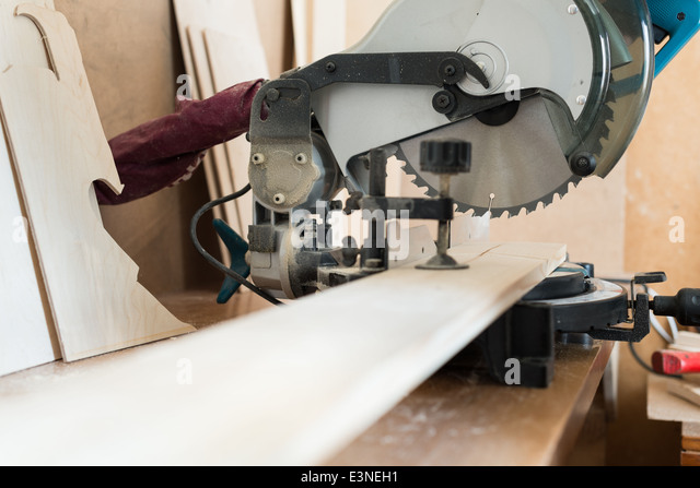 circular table saw stock photos circular table saw stock images alamy. Black Bedroom Furniture Sets. Home Design Ideas