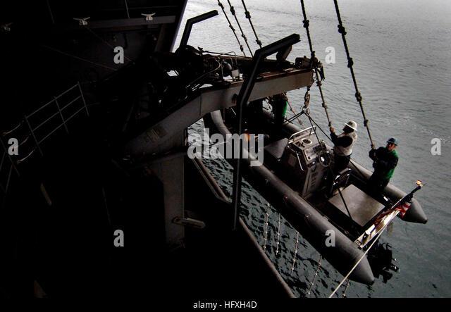 DSE-1259 夫の上司に性奴隷にされた妻 本庄真弓 다운로드