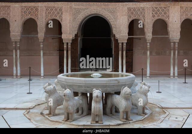 Lion fountain alhambra stock photos lion fountain - Fuente para patio ...