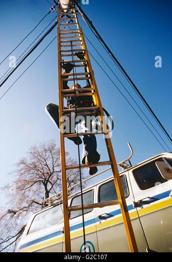 Ladder Dangerous Stock Photos Amp Ladder Dangerous Stock