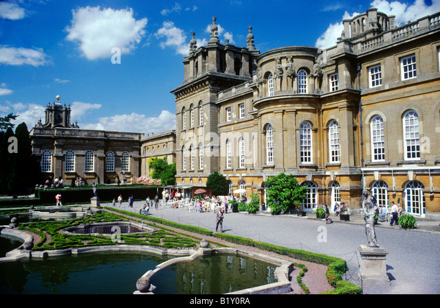 Blenheim palace stock photos blenheim palace stock for Blenheim builders