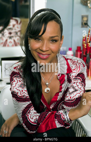 LISARAYE BEAUTY SHOP 2005