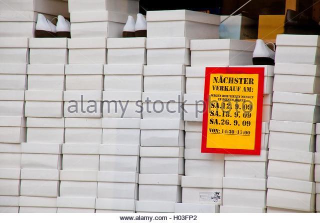 Lederwaren Stock Photos & Lederwaren Stock Images