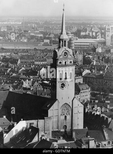 significane of the munich putsche Munich definition was founded there in 1918, and adolf hitler led an attempted revolution in munich in 1923, the beer hall putsch.