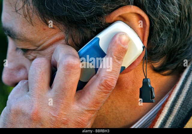 how to call a cell phone in france