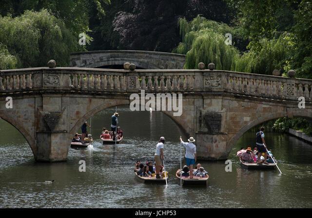 Cambridge, Cambridgeshire, England UK. Punting on the River Cam showing Clare College Bridge in Cambridge. June - Stock Image