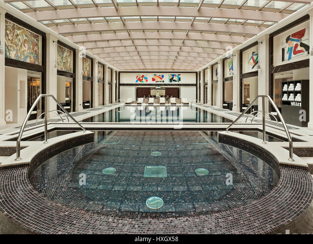 Swimming Pool In Leisure Centre Stock Photos Swimming Pool In Leisure Centre Stock Images Alamy