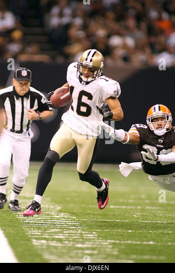 New orleans saints wide receiver stock photos new for Mercedes benz superdome parking pass