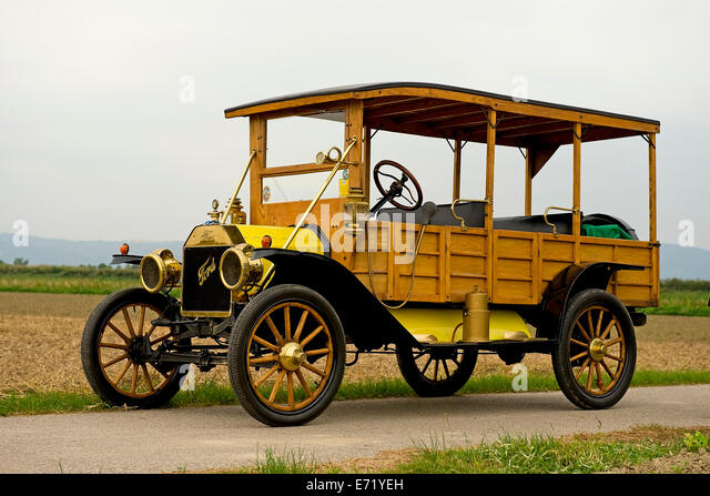 model t ford 1910 stock photos model t ford 1910 stock. Black Bedroom Furniture Sets. Home Design Ideas