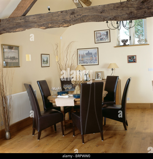 Traditional Beamed Ceiling Dining Room Stock Photos Traditional