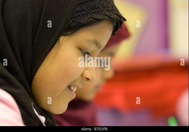 image Bengali girl muslim took a sexy refugee