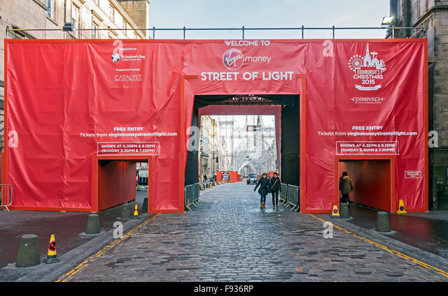 ... High Street The Royal Mile Edinburgh Scotland Xmas 2015 - Stock Image