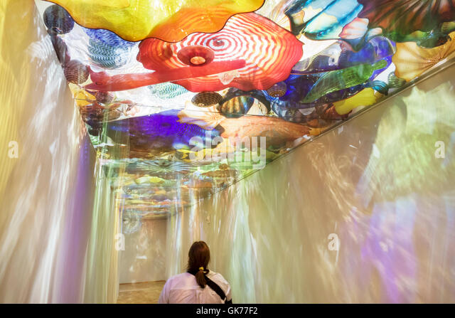 Glass tunnel group stock photos glass tunnel group stock images alamy - Glass art by artis ...