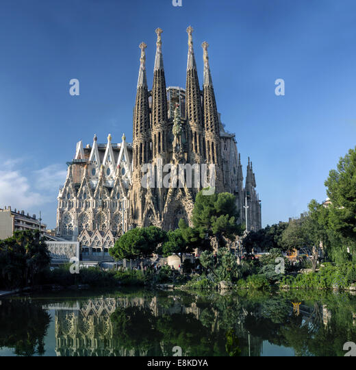 Gaudi cathedral stock photos gaudi cathedral stock for Kathedrale barcelona gaudi