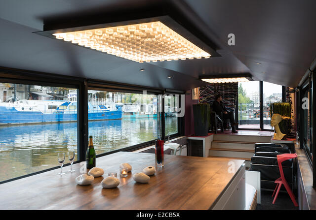 kitchen barge stock photos kitchen barge stock images alamy. Black Bedroom Furniture Sets. Home Design Ideas