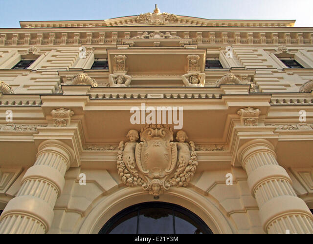 Stuckfassade stock photos stuckfassade stock images alamy for Stucco facade