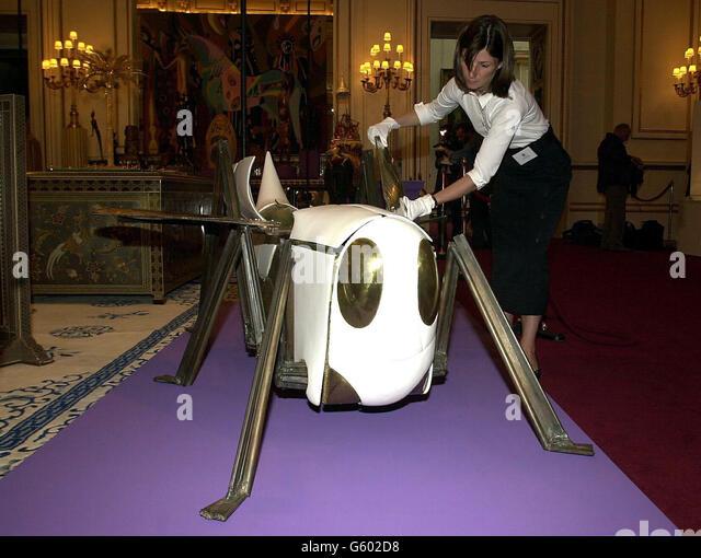 Exhibition Room D : Buckingham palace ball stock photos