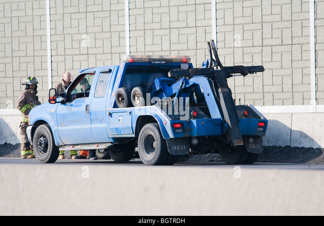 Tow Truck Stock Photos Tow Truck Stock Images Alamy