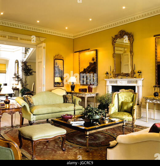 Edwardian Living Room With Green Seating