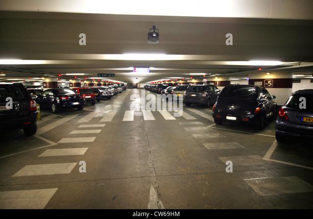 Underground parking signs stock photos underground for Garage top car marseille