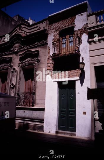 Pasaje buenos aires stock photos pasaje buenos aires for Casa minima