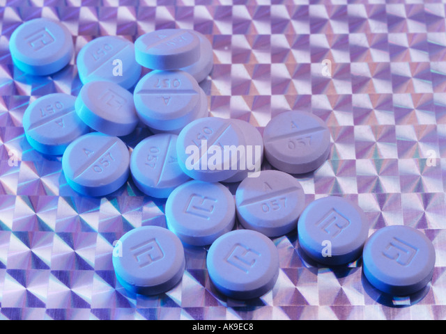 Penicillin Tablets Stock Photos & Penicillin Tablets Stock ...