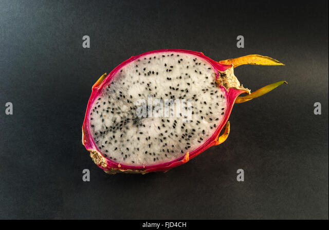 how to store cut up dragon fruit
