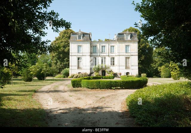 Castelmoron stock photos castelmoron stock images alamy for French manor homes