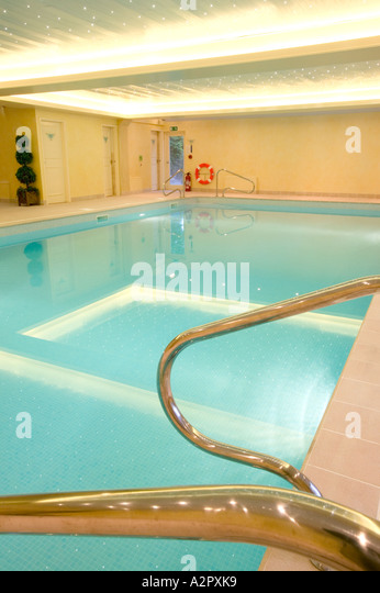 Chrome Steps Swimming Pool Stock Photos Chrome Steps Swimming Pool Stock Images Alamy