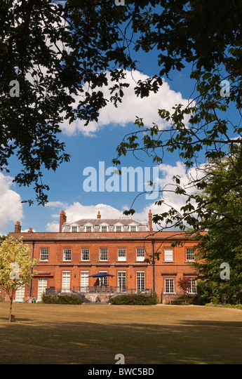 Stately homes uk stock photos stately homes uk stock for 52 newstead terrace newstead