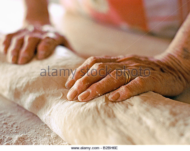 Baker Kneading Dough Stock Photos & Baker Kneading Dough Stock Images - Alamy
