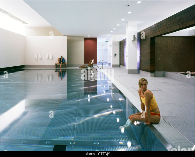 Holmes Place Overall Of Main Swimming Pool To Changing Rooms   Stock Image Part 33