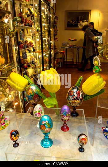 Easter display in shop window stock photos easter display in paris france art gallery gift shop window display easter eggs galerie negle Gallery
