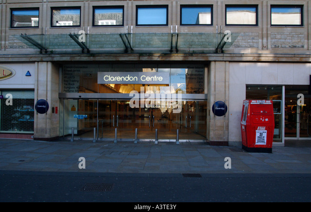 Jul 14, · The Clarendon Centre is a small shopping mall in central Oxford, which offers the usual chain stores to satisfy your shopping needs. There's a Zara, H&M, Gap, Claire's (didn't know this still existed) and a few food kiosks/5(12).