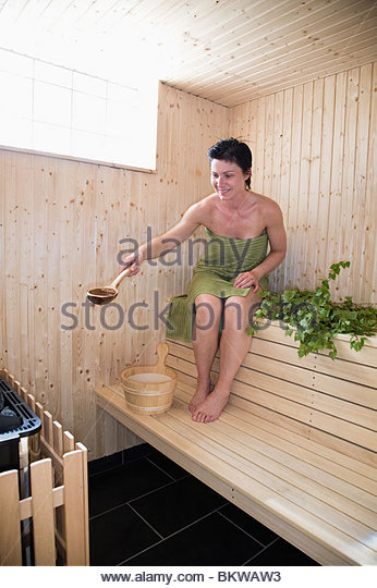 how to take sauna bath