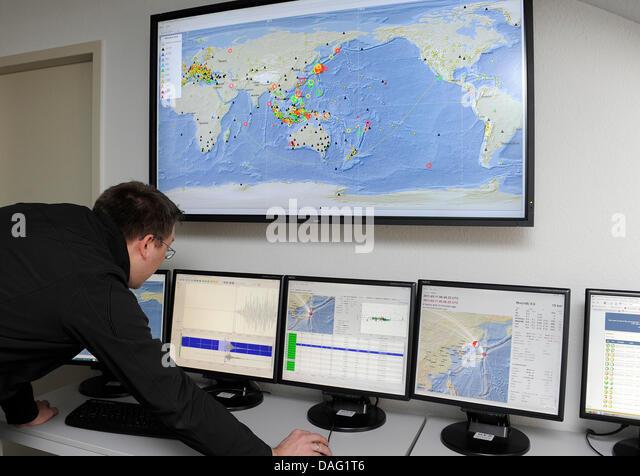 Seismologist Salary - CareerStint