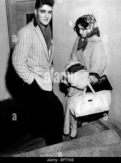 Resultado de imagem para elvis presley 1956