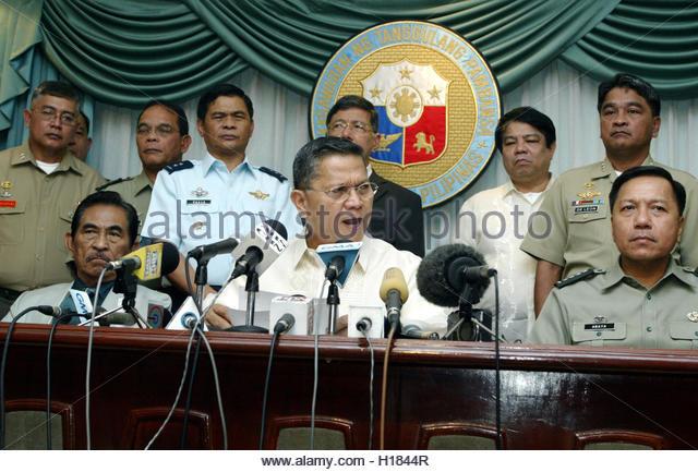 philippine defense minister resigns